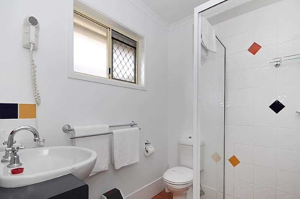 Standard Twin Room, 1 Bedroom, Non Smoking, Kitchenette - Bilik mandi