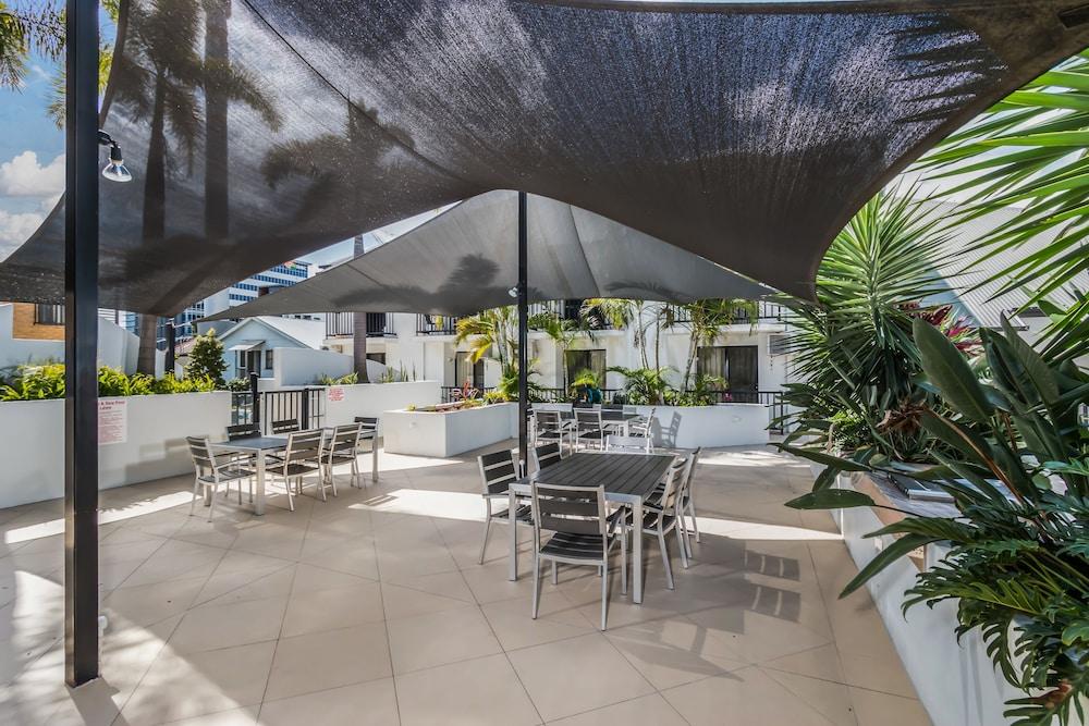 Parkview Apartments, South Brisbane