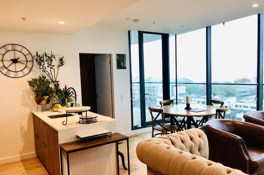 Harbourview Apartment - 1 bedroom - Living Area