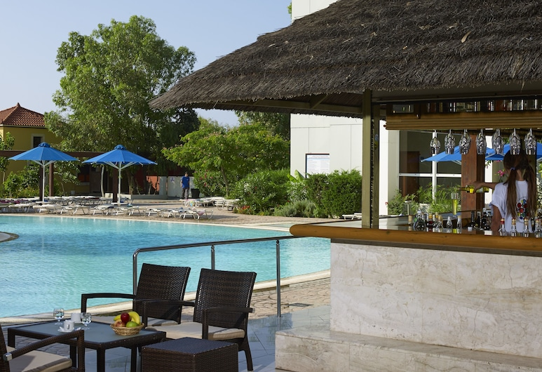 Esperides Beach, Rodos, Bar ved bassenget