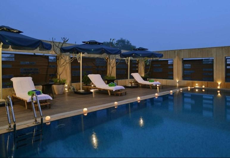 Fortune Inn Grazia, Ghaziabad- Member ITC Hotel Group, Газиабад, Бассейн
