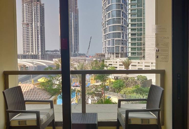 Ramada Hotel and Suites by Wyndham Dubai JBR, Dubajus, Apartamentai, 1 miegamasis, vaizdas į miestą, Vaizdas iš svečių kambario