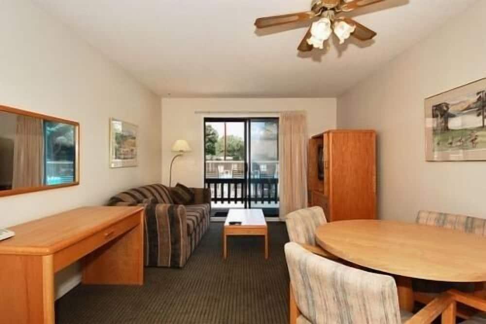 Номер-люкс, 1 спальня, з балконом - Житлова площа