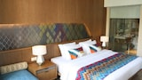 Choose This 3 Star Hotel In Senggigi