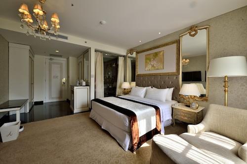 茂物阿瑪羅薩皇家飯店/