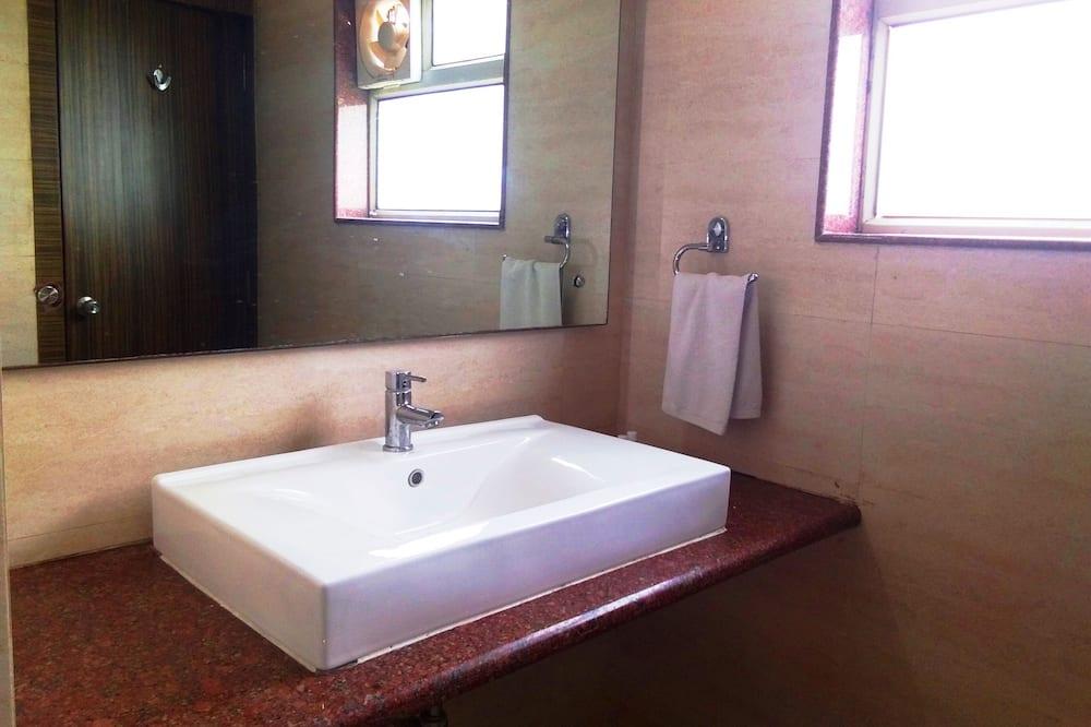 Quarto Duplo Elite - Casa de banho