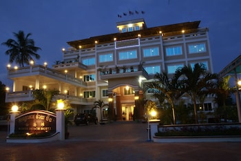 Picture of White Beach Hotel in Sihanoukville