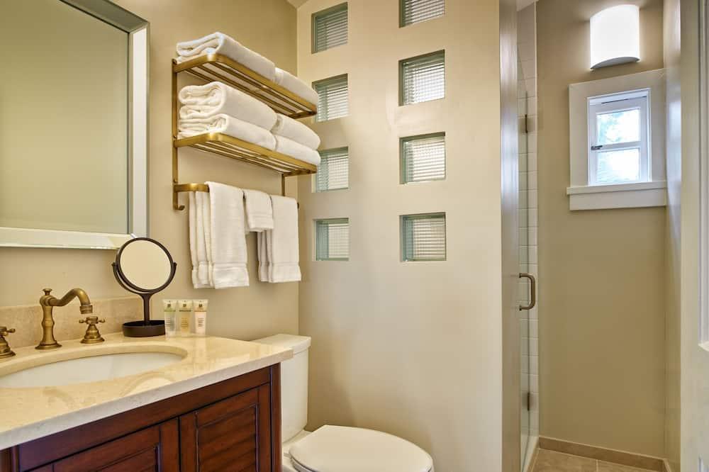 Suite, 2 habitaciones, baño compartido - Baño