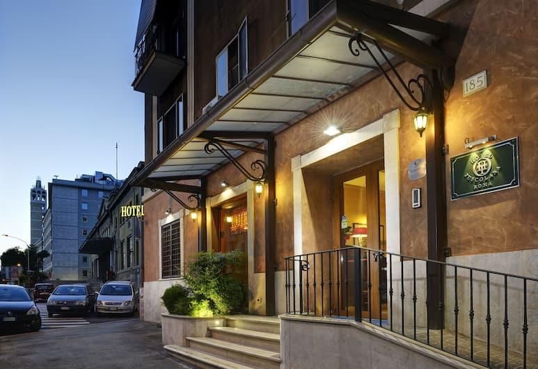 Hotel Tuscolana, Roma, Facciata hotel (sera/notte)