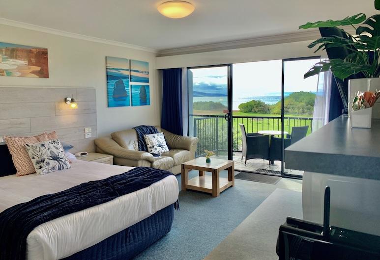 Apollo Bay Waterfront Motor Inn, Apollo Bay, Deluxe-Zimmer, Whirlpool, Meerblick, Zimmer