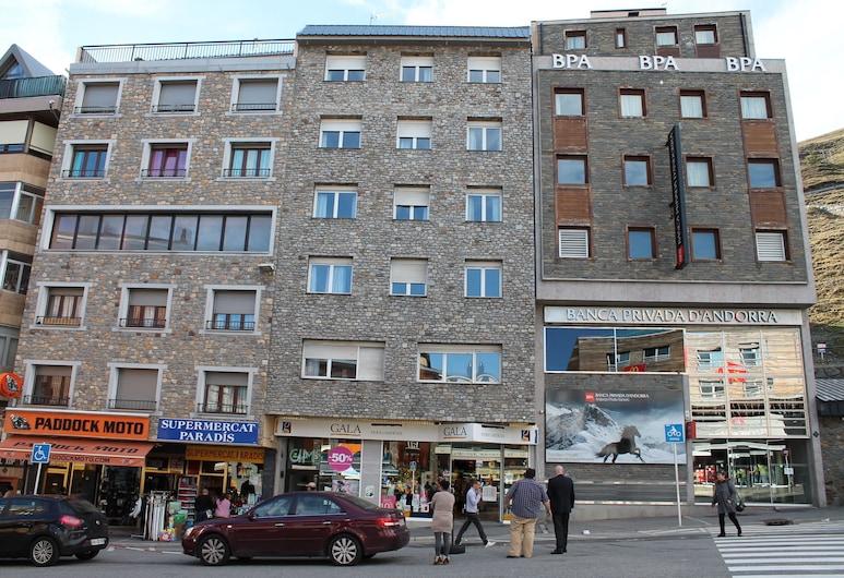 Estudios Cims Pas 3000, Pas de la Casa, Front of property