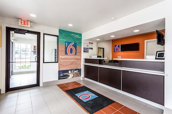 Picture of Motel 6 Bryan - College Station in Bryan