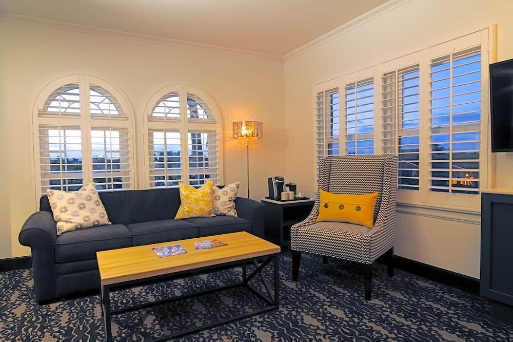 Suite, 1 cama King size con sofá cama - Sala de estar