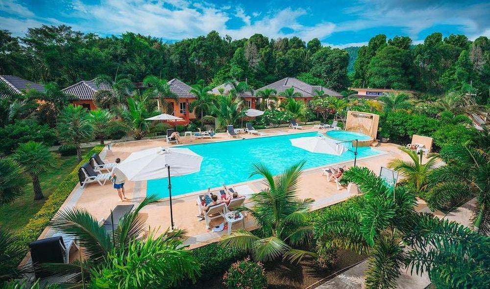 Peaceful Resort