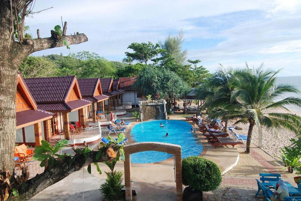 Lanta Paradise Beach Resort Ko