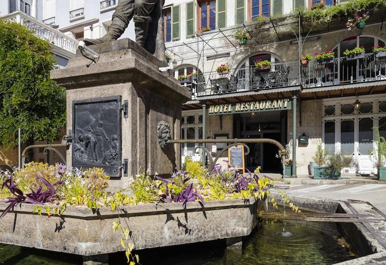 Hôtel des Deux Forts, Salins-les-Bains, Viešbučio fasadas