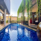 Three Bedroom Residence Private Pool - Guest Room