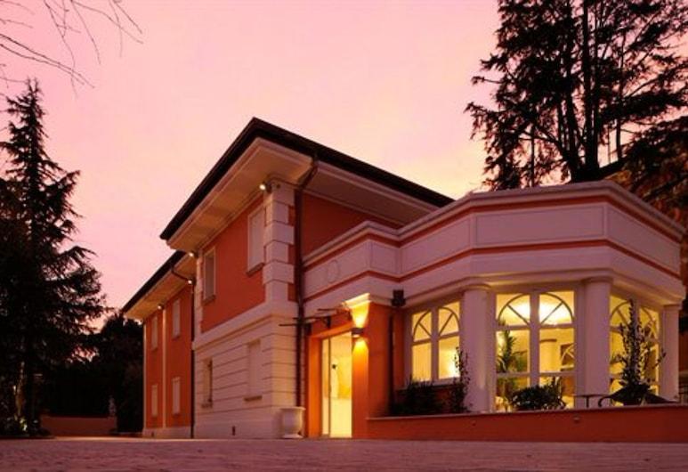 La Villa Desenzano, Desenzano del Garda