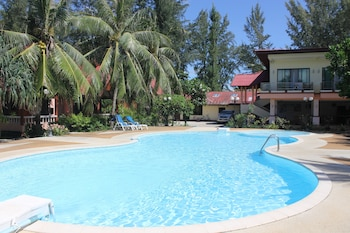 Picture of D.R. Lanta Bay Resort in Ko Lanta