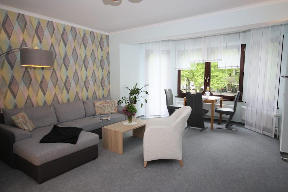Pokój dla 3 osób, Łóżko podwójne i sofa, dla niepalących, widok na park (for 2 Persons) - Powierzchnia mieszkalna