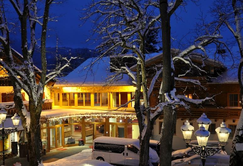 Hotel Weinklause , Oberstdorf, Voorkant hotel