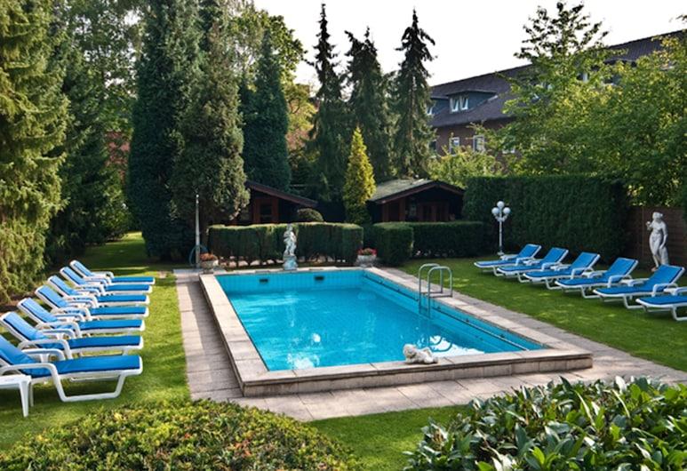 Hotel & Spa am Oppspring, Muelheim an der Ruhr, Outdoor Pool