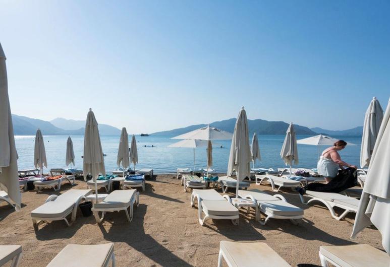 尤努斯酒店, 馬馬利斯, 海灘