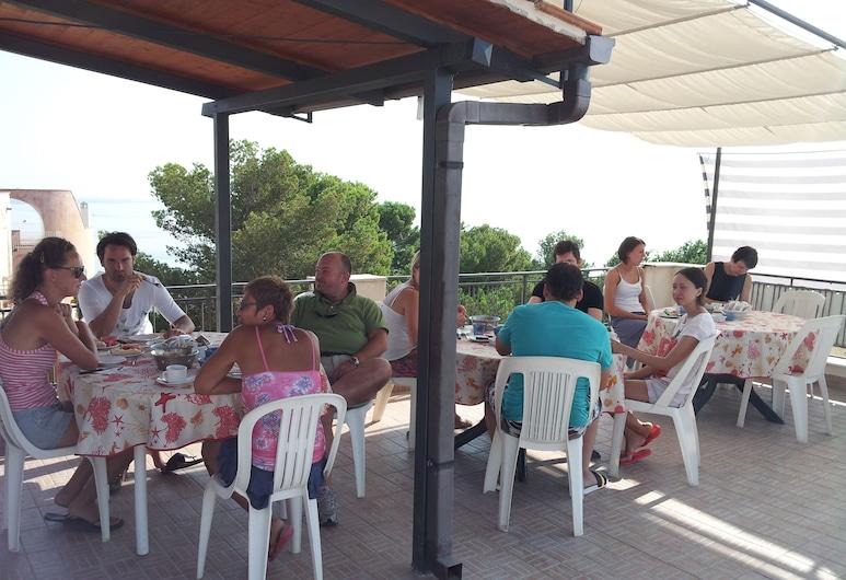 La Caletta, Santa Flavia, Outdoor Dining