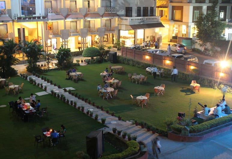 Hotel Surya, Varanasi, Hotelgelände