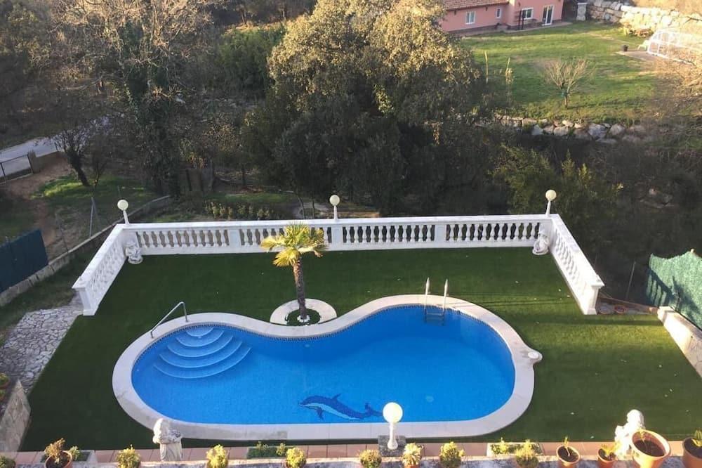 Private Villa . Near of the Beach