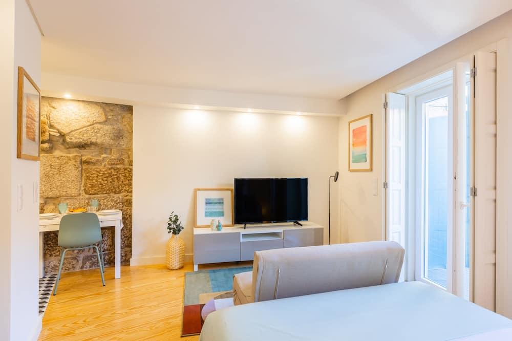 Studijas tipa numurs, viena guļamistaba - Dzīvojamā zona