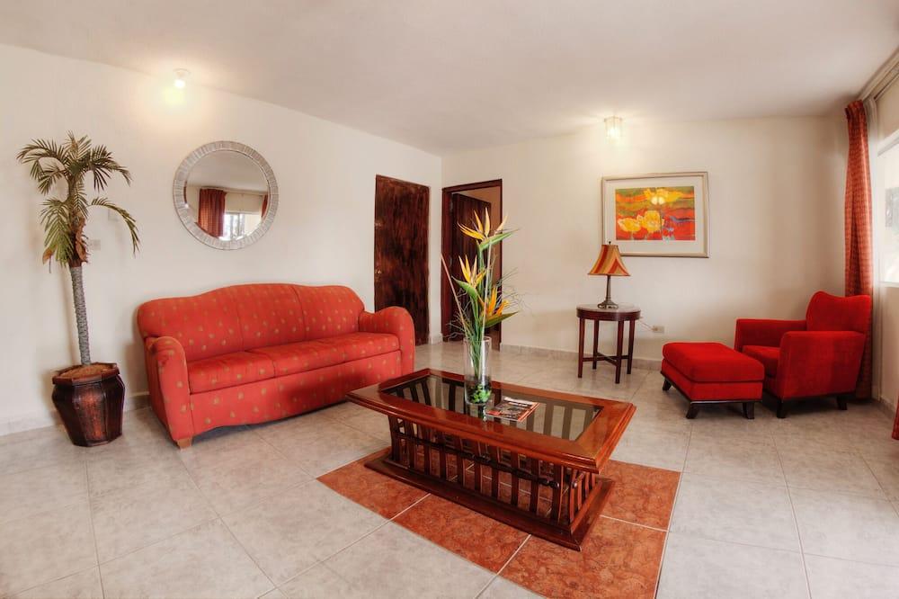 Junior Room - Living Room