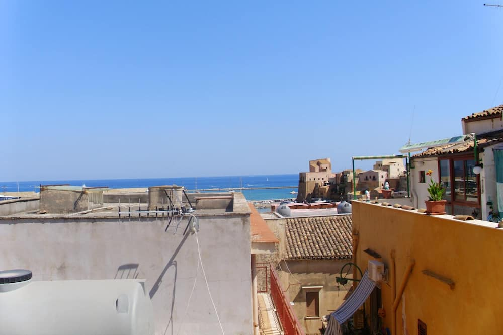 House With 2 Bedrooms in Castellammare del Golfo, With Wonderful City View, Balcony and Wifi - 2 km From the Beach