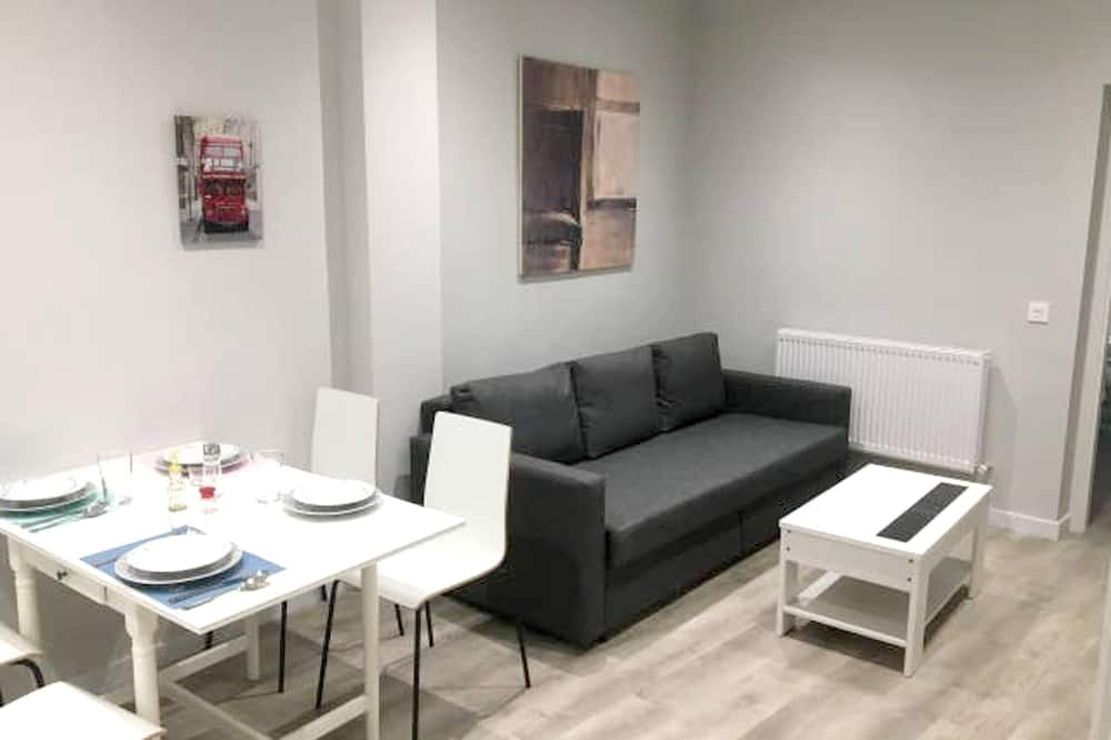 Apartment With one Bedroom in León, With Wifi