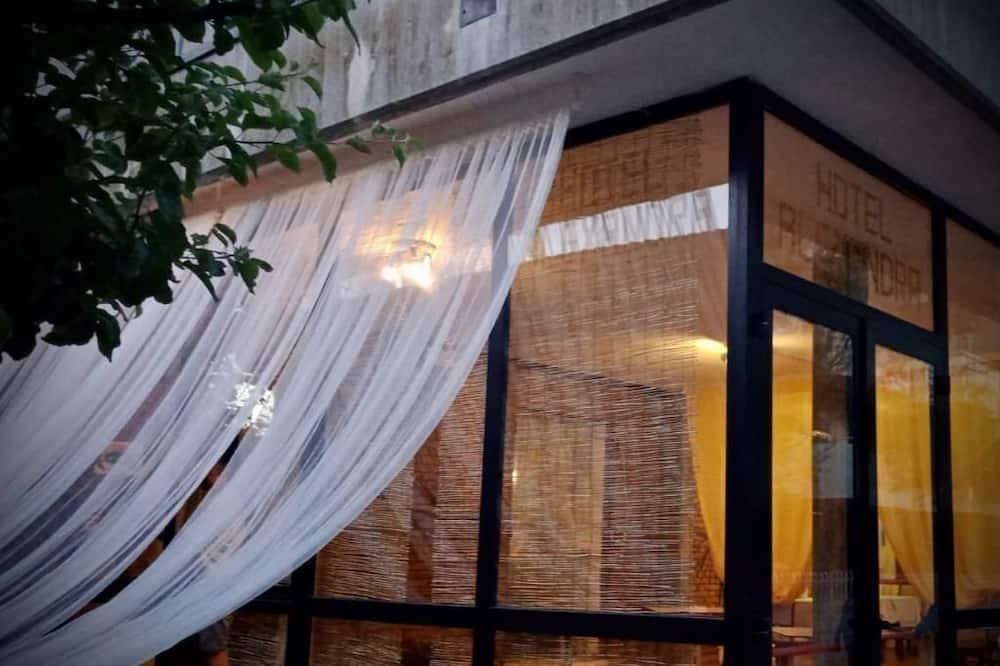 Hotel Villa Alexandra - Cozy and Familiar Double Room