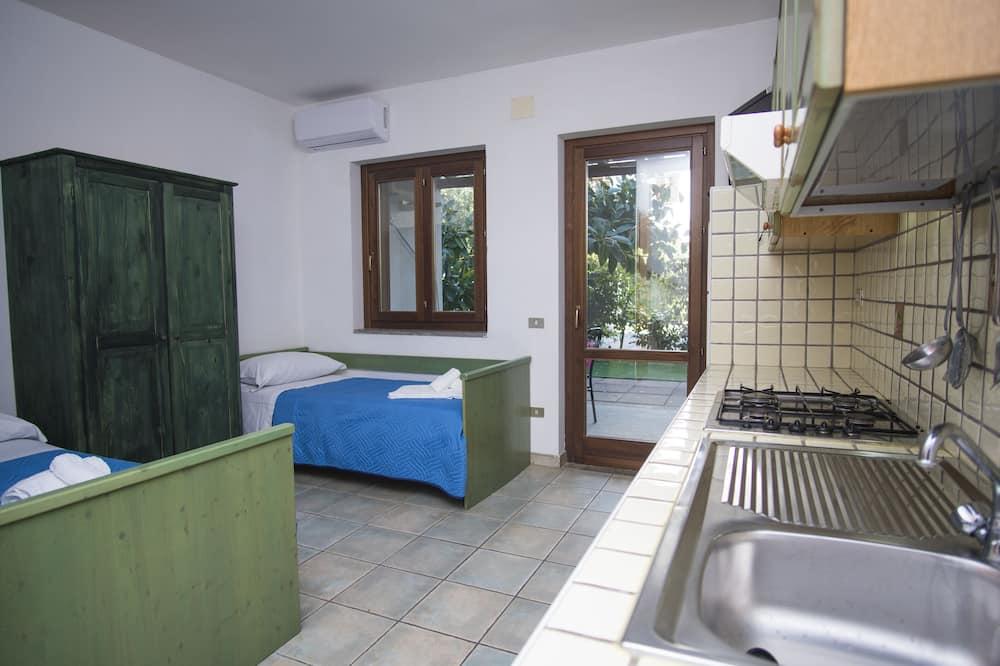 Comfort Duplex, 1 Bedroom - Living Area