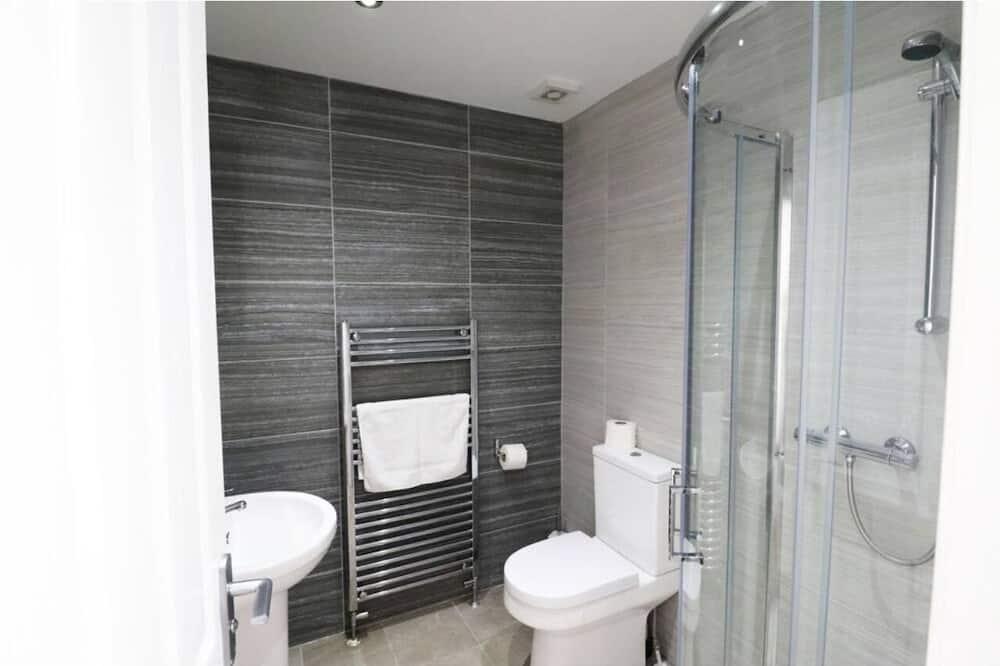 Apartamentai su patogumais, atskiras vonios kambarys - Vonios kambarys