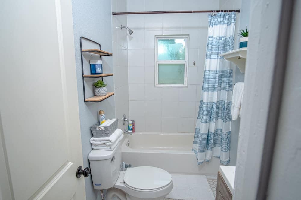 アパートメント (1 Bedroom) - バスルーム
