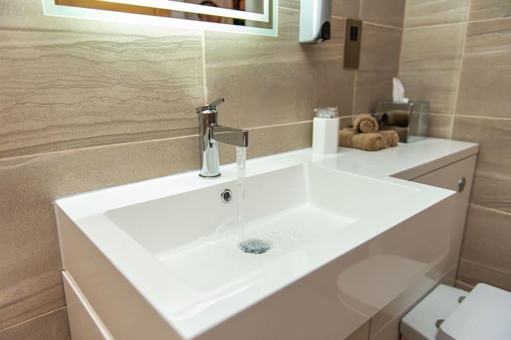 Apartmán typu Executive, vírivka (Apartment 1) - Kúpeľňa