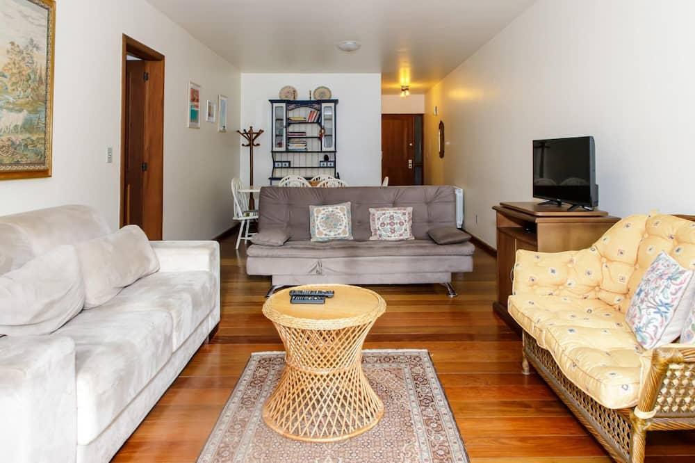 Apartamento Amplo e Decorado na Avenida das Hort Nsias, Gramado