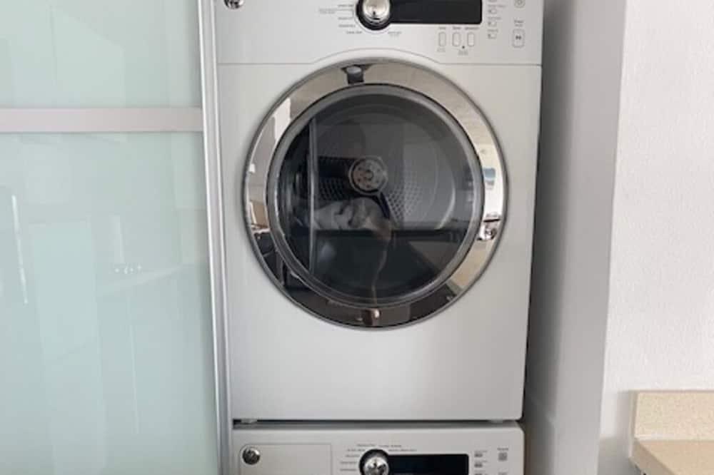 อุปกรณ์ซักล้าง