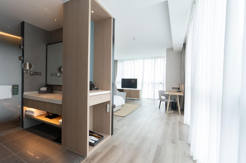 غرفة ديلوكس - سرير ملكي - حمّام