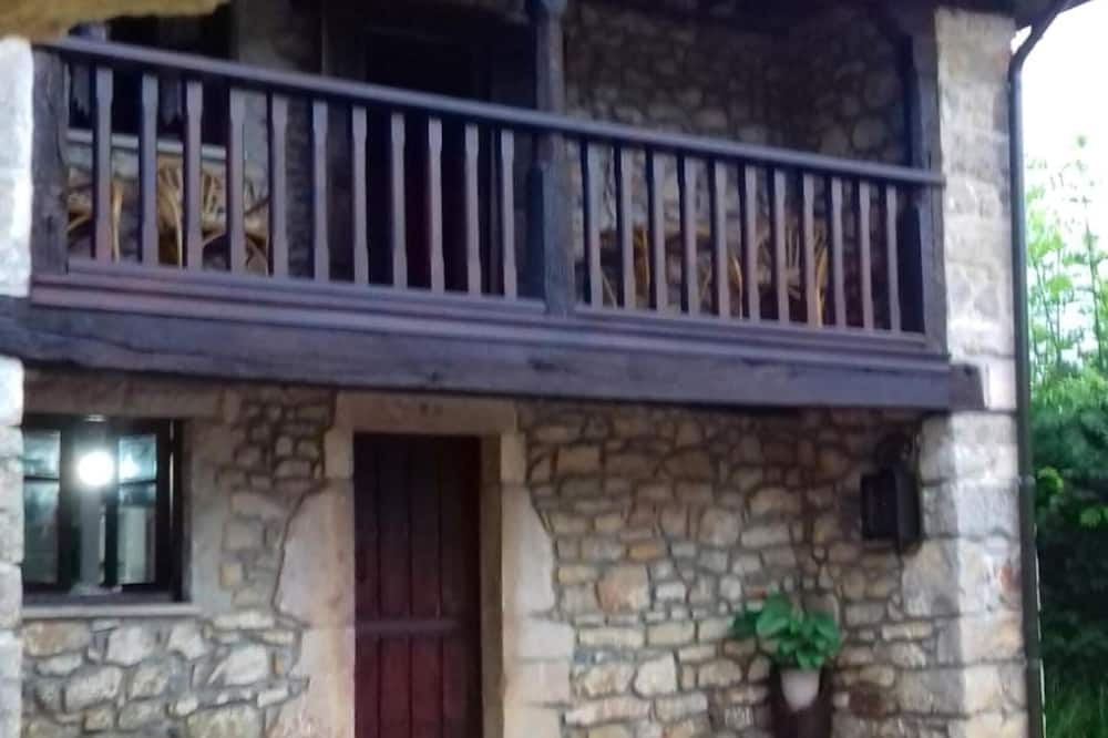 House With 3 Bedrooms in Isongo, With Furnished Garden