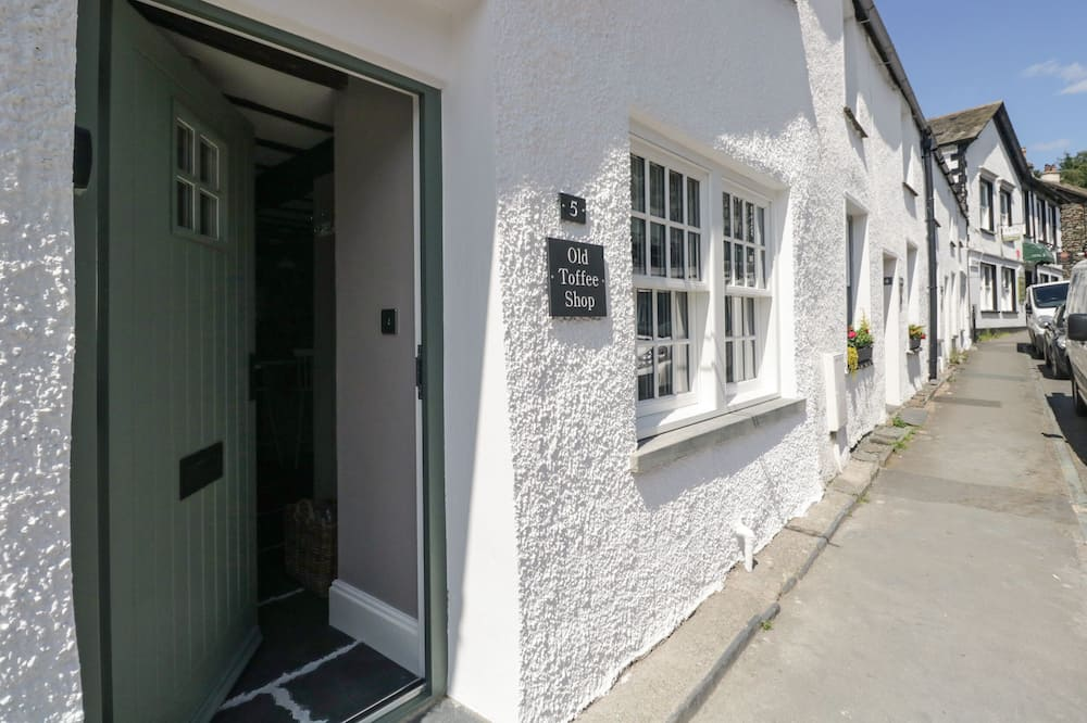 Old Toffee Shop