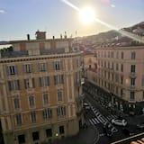 Apartment With one Bedroom in Sanremo, With Wonderful sea View and Wifi