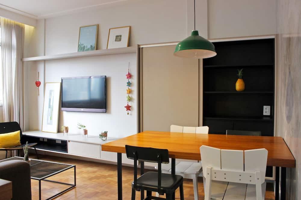 Pamatklases divvietīgs numurs - Dzīvojamā istaba