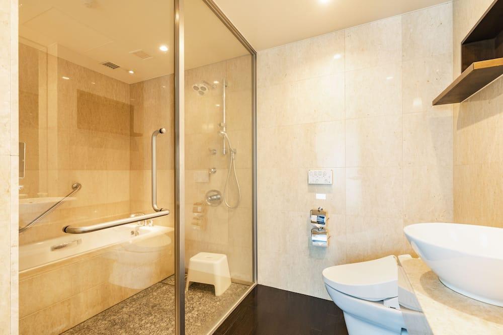 Deluxe Twin Room - Non-Smoking - Bathroom