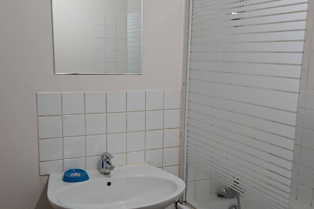 อพาร์ทเมนท์, ห้องน้ำในตัว, วิวเมือง - ห้องน้ำ