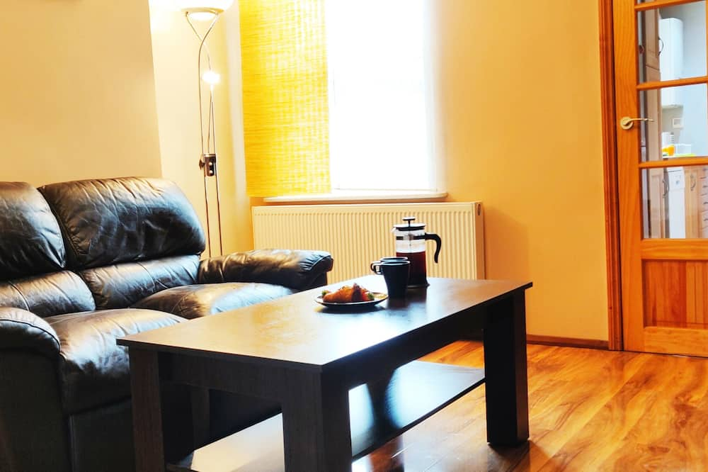 Dom o podstawowym wyposażeniu - Powierzchnia mieszkalna