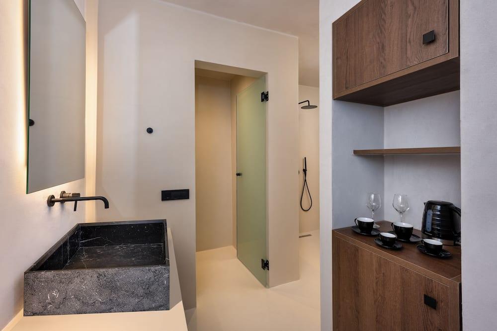 Novomanželský apartmán, súkromný bazén - Kúpeľňa